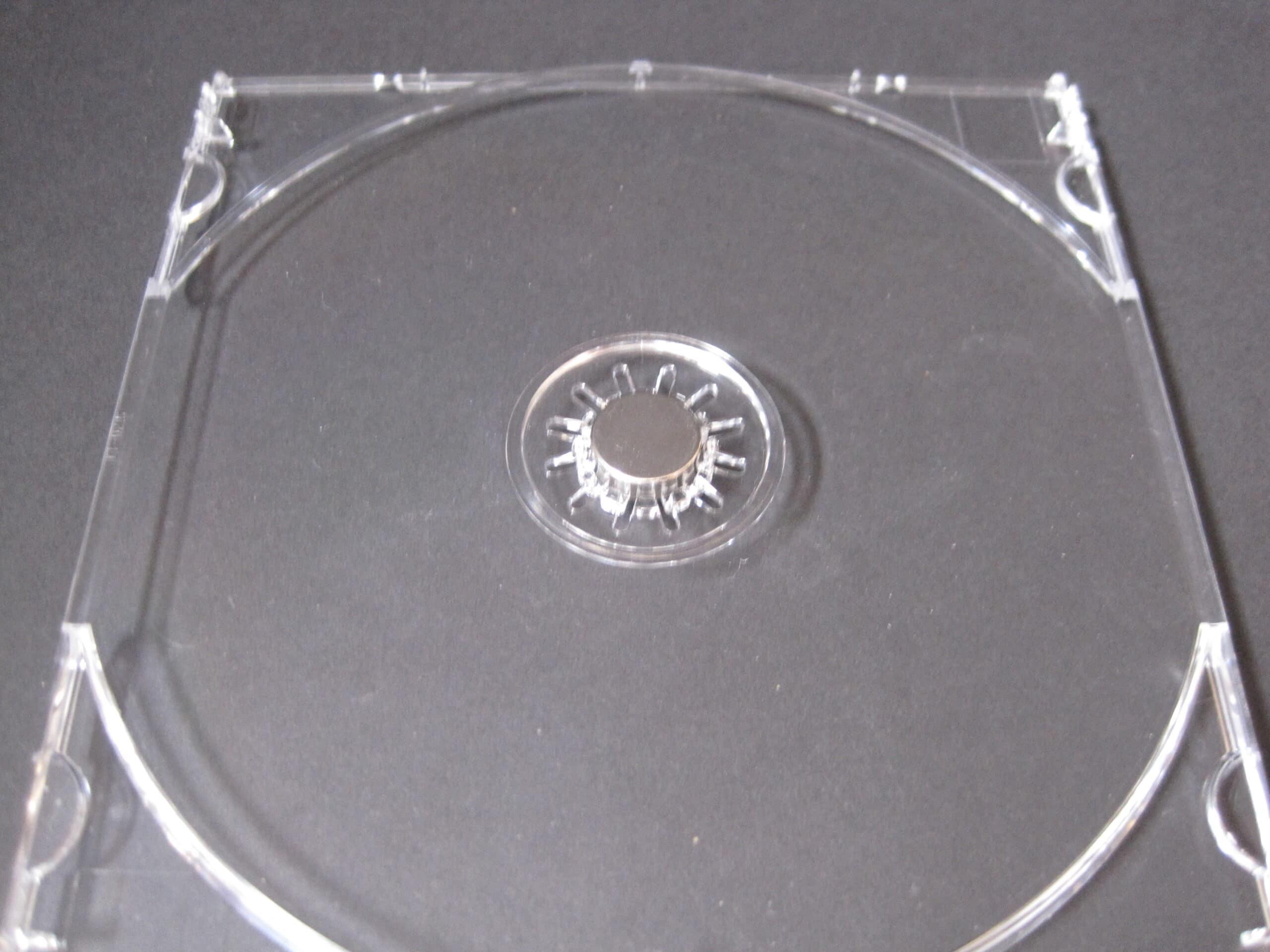 Plaats het magneetje in de binnenkap. De afmetingen komen precies overeen